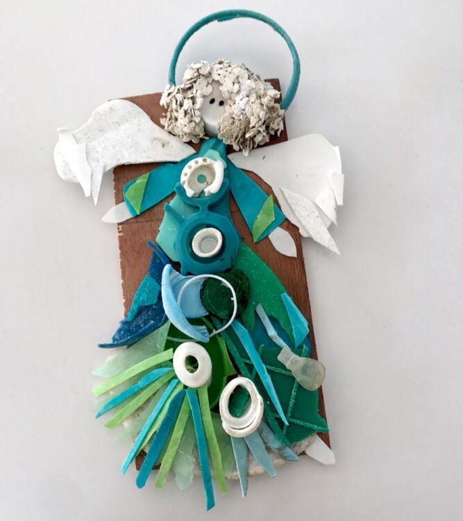 Plastic kunst Beschermengel zeeblauw